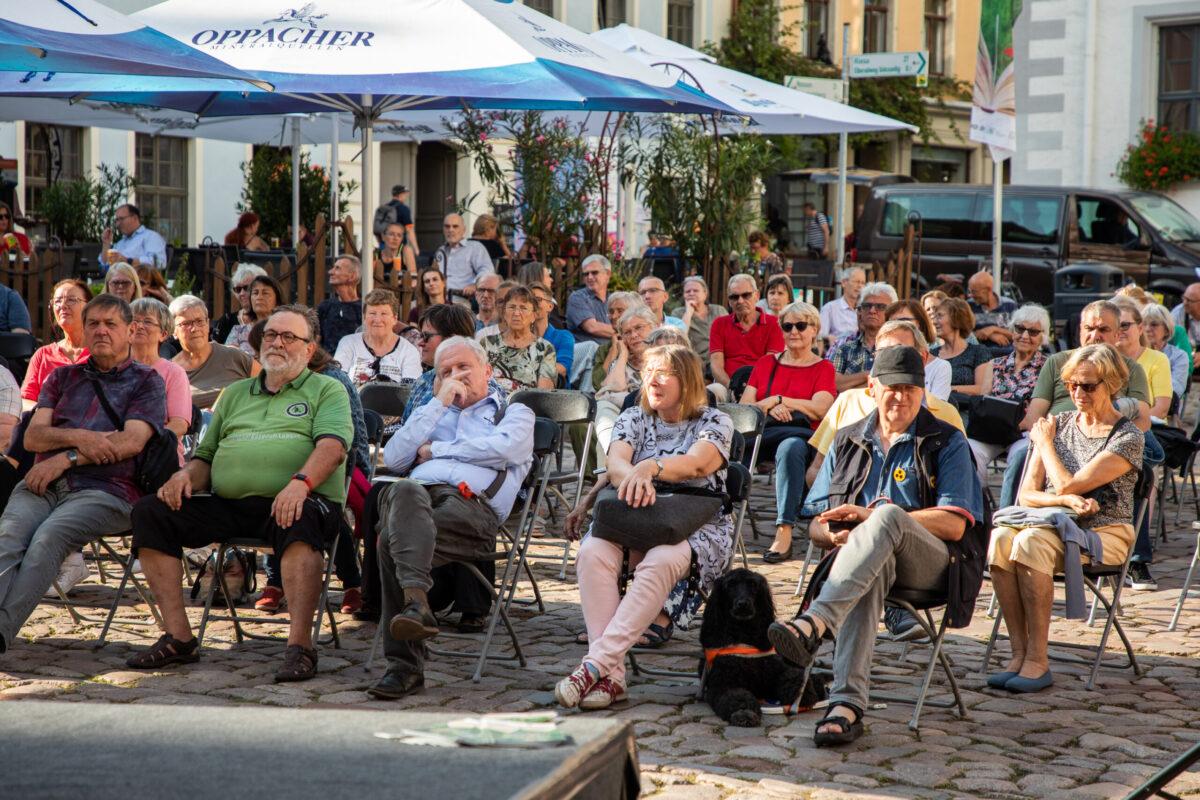 Literaturfest Meißen 2021 Am Freitag auf dem Marktplatz